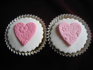 Little embossed hearts for wedding cupcakes
