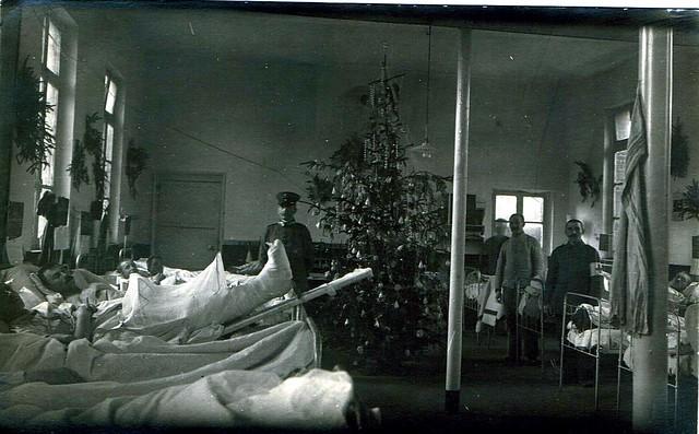 weihnachten 14 18 im lazarett a gallery on flickr. Black Bedroom Furniture Sets. Home Design Ideas