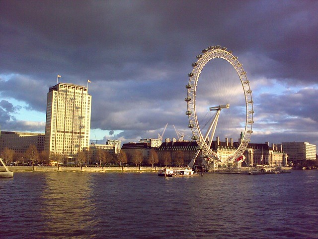 Shell Centre and London Eye shadow