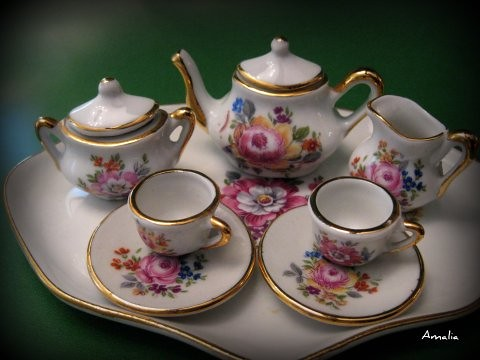 Miniaturas de porcelana flickr photo sharing for Marcas de vajillas de porcelana