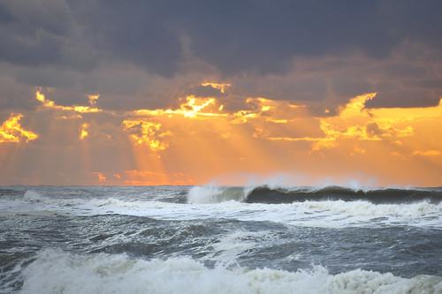 ocean orange storm water sunrise nikon waves spray easthampton cresting d700