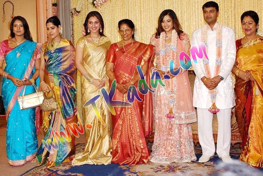 Actress Meena Marriage Wedding Engagement Reception Stillsactress