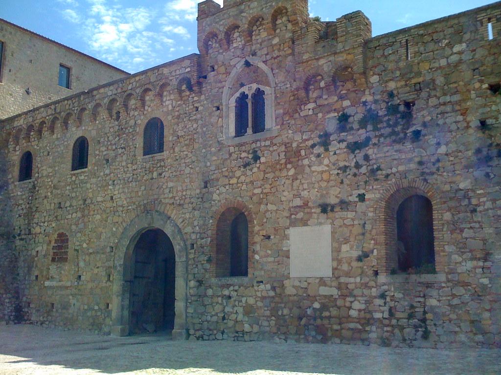Castello di Bovino (FG)