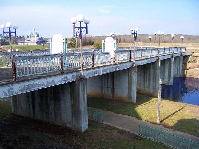 3900+ views:  Bridge to Defunct Waterpark at Heritage USA Waterpark