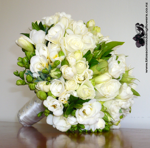 freesia rose white posy flickr photo sharing. Black Bedroom Furniture Sets. Home Design Ideas