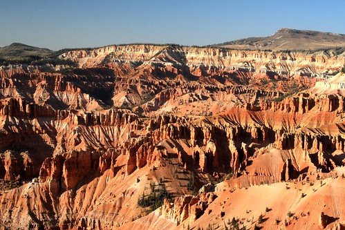 Cedar breaks hiking and southern utah lodging