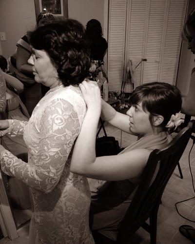 wedding bw mom becky