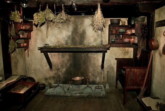 Cocina antigua a gallery on flickr for Cocinas de carbon antiguas