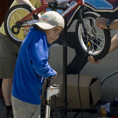 TWFK Bike Repair Clinic - 4/24/10