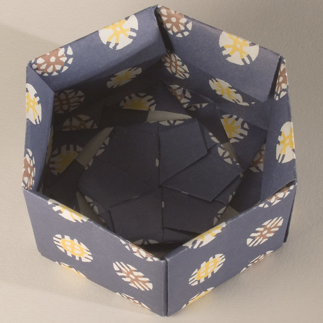 base of decorative hexagonal origami gift box with lid. Black Bedroom Furniture Sets. Home Design Ideas
