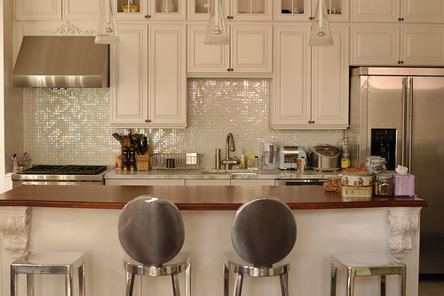 traditional modern pearl white kitchen in new york city