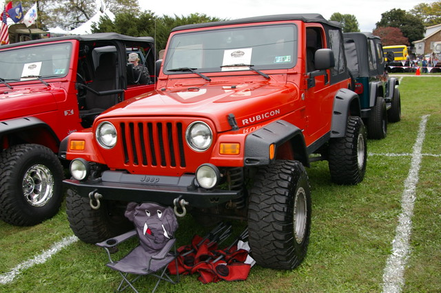 Jeep Wrangler Rubicon  TJ with elephant chair option