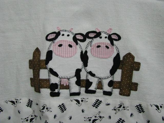 ♥Só idéias♥: Que tal bordar esses babetes em ponto cruz!