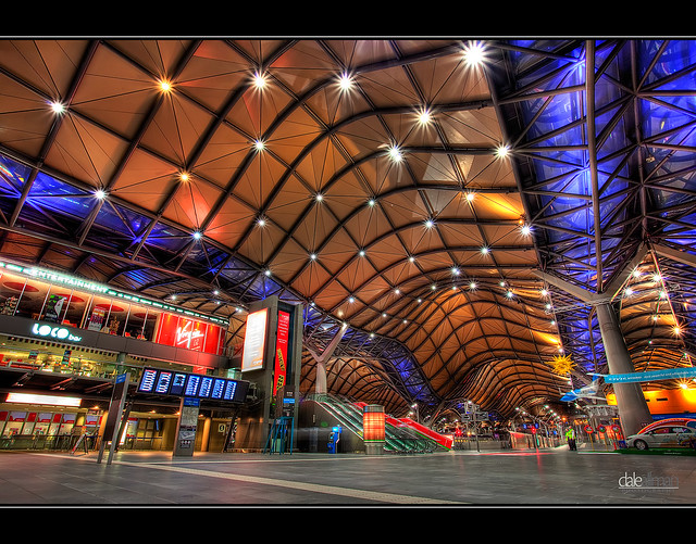 how to get to melbourne zoo from southern cross station