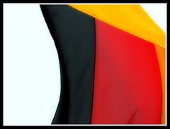 Schwarz die Zukunft, Rot die Gegenwart, Golden die Vergangenheit