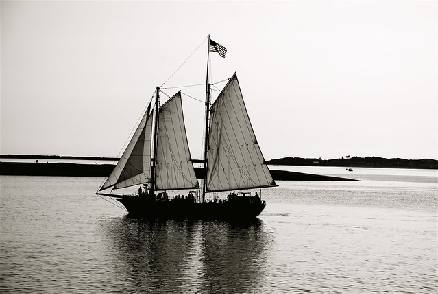 Black and white sailboat | Flickr - Photo Sharing!