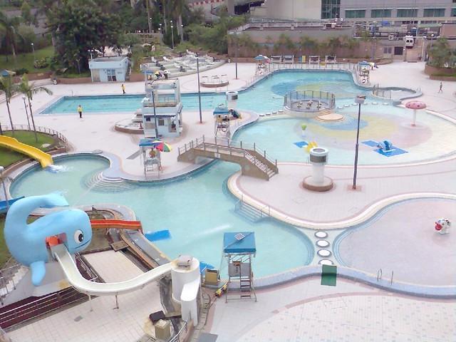 顯田游泳池戶外嬉水池