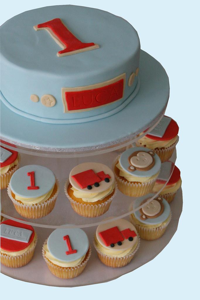 Lucas Cupcake Tower