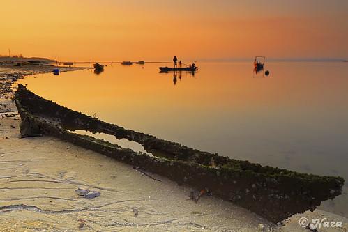 abandoned beach sunrise boat fisherman singapore malaysia piratesofthecaribbean johor lido barbosa worldbest atworldsend platinumheartaward saariysqualitypictures platinumpeaceaward