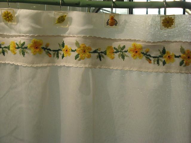 Cortina para ba o flores amarillas vendida 0106 for Cortinas amarillas