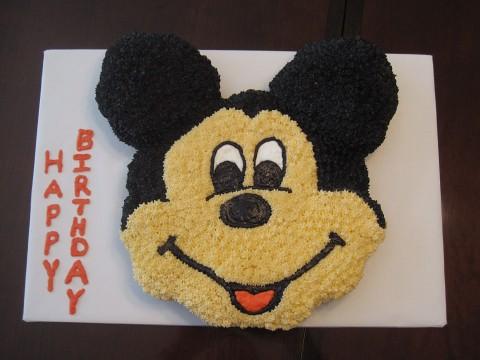 Mickey Mouse Farm Cake
