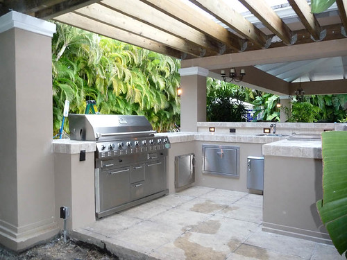 Outdoor kitchen pergola built in grill a photo on flickriver for Outdoor garden kitchen designs