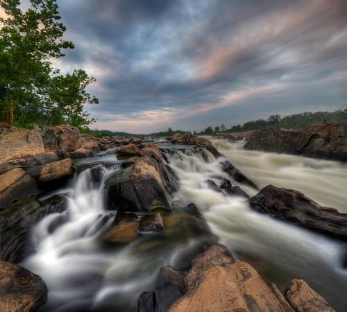 water river virginia dc washington greatfalls maryland capitol waterfalls dcist potomac gorge mathergorge vertorama