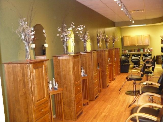Beauty salon interior design hair salon interior design for Hair salon interior designs pictures