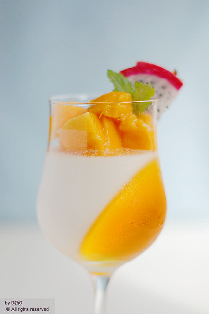 Vanilla panna cotta with mango | Flickr - Photo Sharing!