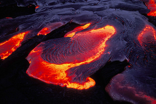 Kilauea at dawn, photo by Volcanodiscovery on Flickr