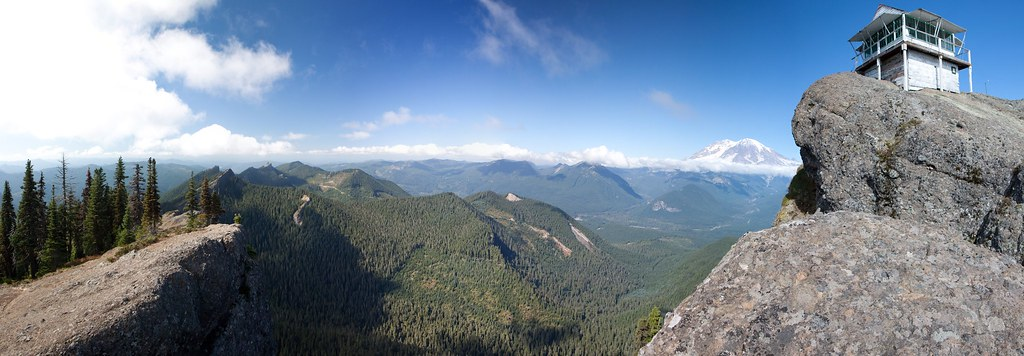 Panoramic View of Sawtooth Mountains and Mount Rainier from High Rock Lookout