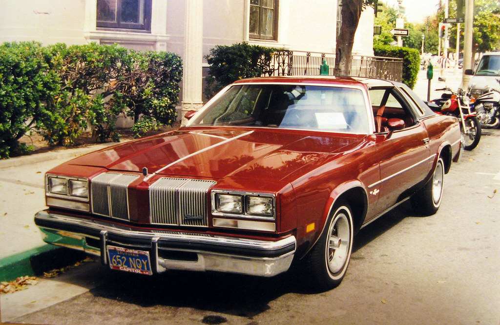 1976 olds cutlass supreme brougham a photo on flickriver for 1976 oldsmobile cutlass salon for sale