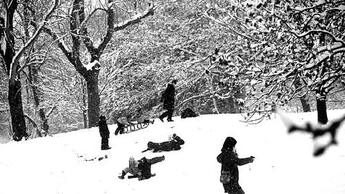 Children sledging