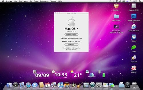 Mac OS X 10.6 Snow Leopard Desktop