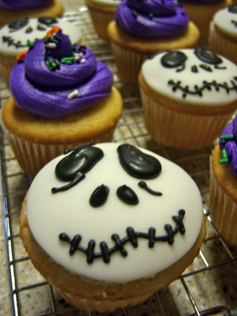 Nightmare Before Christmas In French.Nightmare Before Christmas Cupcakes French Vanilla Cupcake