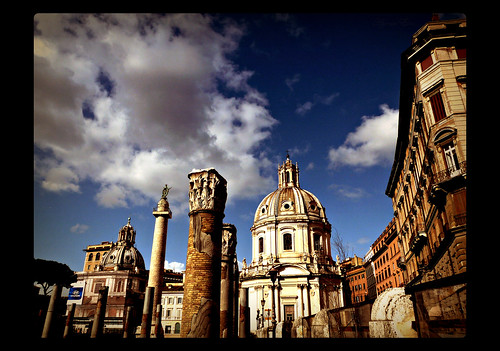 city light sky italy rome building monument clouds cityscape colours perspective explore viadeiforiimperiali colonnatraiana basilicaulpia visualtrip amatricianalovers fotoleggendo2010romamor