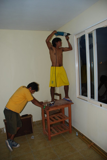 Putting up curtain walls | Glass Magazine
