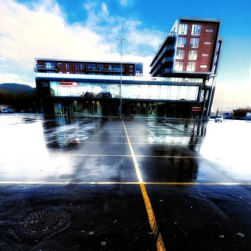 building norway architecture reflections norge parkinglot squareformat bergen squarecrop noreg distortions 500x500 sigma1020 åsane nikond60 colorefexpro30 nikoncapturenx2