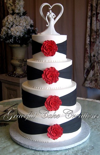 elegant white and black wedding cake with red roses a photo on flickriver. Black Bedroom Furniture Sets. Home Design Ideas