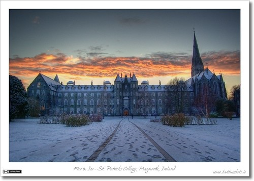 ireland winter snow church clouds dusk 1001nights quadrangle maynooth hdr kildare historicbuilding photomatix nuim tonemapped tthdr spcm thebestofday gününeniyisi