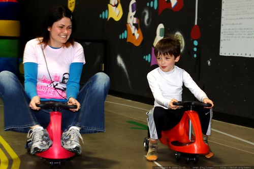 mother and son ride the go karts    MG 7801