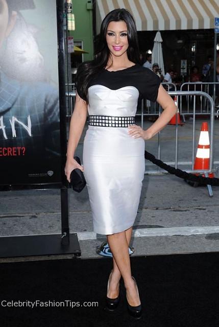 kim kardashian tight dress Photo