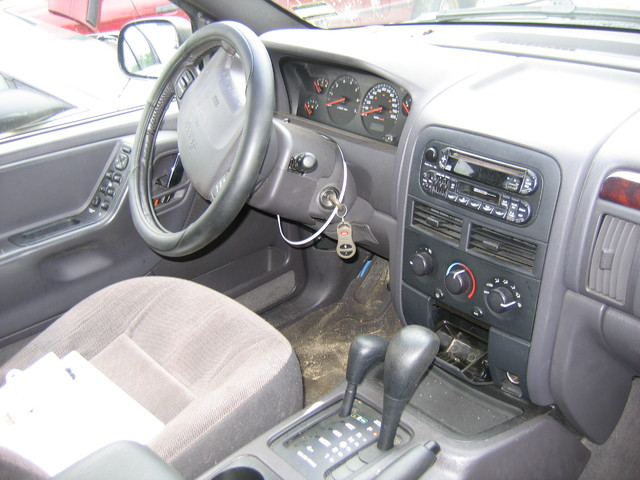 Now parting out a 2000 jeep grand cherokee east coast - Jeep grand cherokee interior parts ...