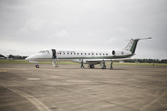 light aircraft(0.0), mcdonnell douglas dc-9(0.0), bombardier challenger 600(0.0), gulfstream v(0.0), gulfstream iii(0.0), takeoff(0.0), flight(0.0), air force(0.0), airline(1.0), aviation(1.0), narrow-body aircraft(1.0), airliner(1.0), airplane(1.0), vehicle(1.0), embraer erj 145 family(1.0), business jet(1.0), jet aircraft(1.0), aircraft engine(1.0),