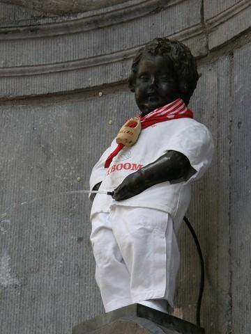 Manneken Pis vestido de San Fermín