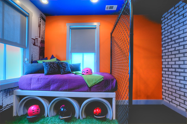 Foreverlawn on extreme makeover home edition kids street for Extreme makeover home edition bedroom ideas
