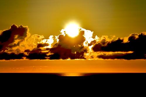 ocean sea summer sky japan tokyo crazyshin 2009 ogasawara 小笠原 afsdxvrzoomnikkor18200mmf3556gifed nikond3 ogasawaraislands 2009ogasawara ds44873 gettyimagesjapanq3