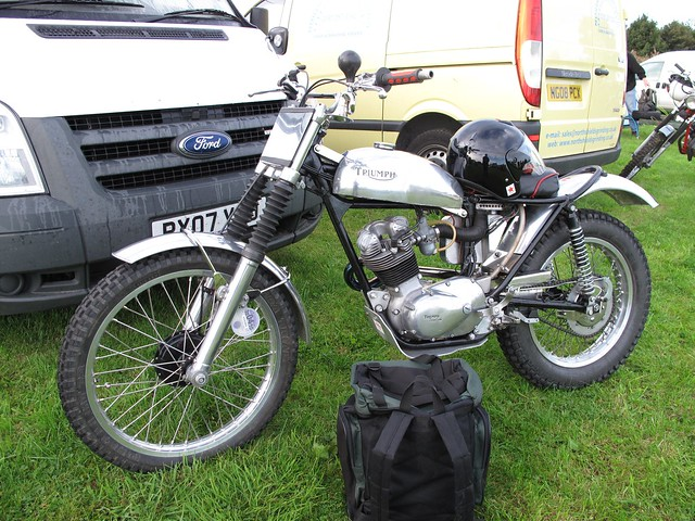 Triumph Tiger Cub http://www.flickr.com/photos/9383961@N05/3936240565/