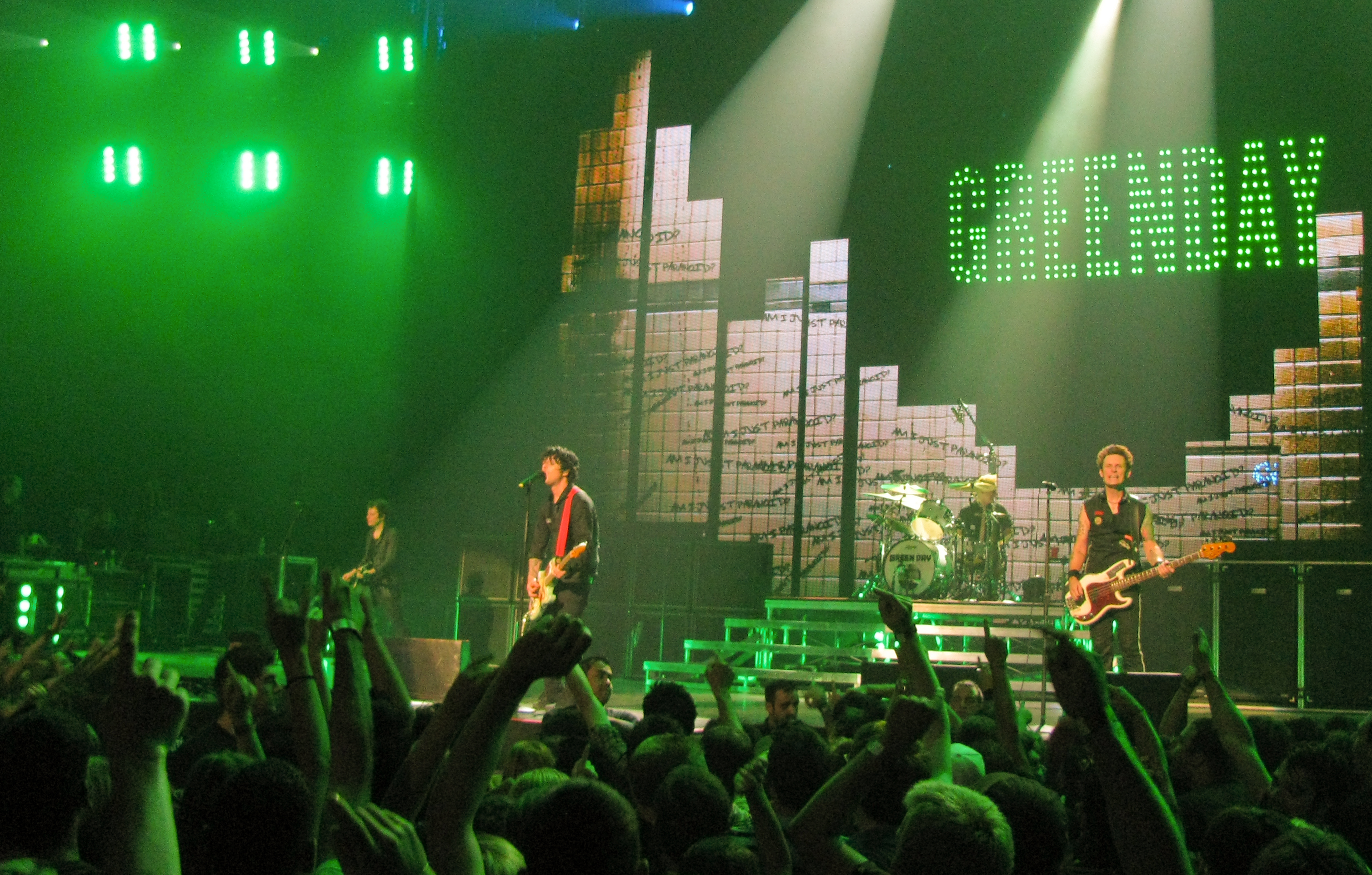 Green Day Concert Stage Montreal Green Day Is Ever