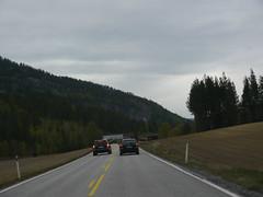 Forbikjøring med livet som innsats. Ved Landsverk i Rollag.
